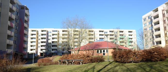 Outdoor view of student apartment building